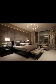 Modern bedroom, love it! Love how the focus wall is the wall the bed is on :) www.bellestagingandredesign.com