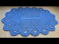 Material: 700gr Barbante N°8 Agulha 4,00 Medida Do Tapete: 107x68cm. Para  Fazer Maior Fazer 61 Correntinhas + Multiplos .