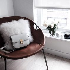 TFW you wish your chair could go outside with you because it is looking good and you want to show it off.  Get @anniewlkwok's #mywestelm look with the link in profile.