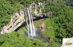 A cidade de Canela faz jus a sua fama de graciosa. O local faz parte do circuito turístico da Serra Gaúcha, mais exatamente na Região das Hortênsias, conhecida como uma das mais belas de todo o país.