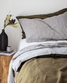 Simple bedside styling with a bold ceramic looks beautiful with our Olive / Charcoal Striped linen duvet cover. Have you got French linen on your bed? - Home Decor Dream Bedroom, Home Bedroom, Modern Bedroom, Master Bedroom, Bedroom Decor, Bedroom Simple, Linen Bedroom, Decorating Bedrooms, Contemporary Bedroom
