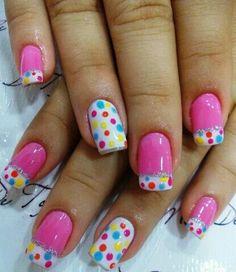 Muito graciosa essa Nail Art, uma mistura de cores alegres e ao mesmo tempo delicadas! Resultado, unhas lindas!!!! Tudo para suas unhas em: www.lojadeesmaltes.com.br