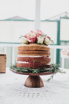 Champagne-and-Raspberry-Curd-Sponge-Cake-A-Bridal-Tea-39.jpg (3648×5472)