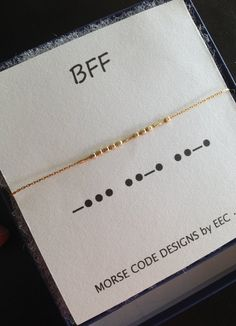 BFF Morse Code Necklace in Sterling Silver or Gold Filled, Best Friends Jewelry, Kindred Spirits Necklace BFF Code Morse collier en argent Sterling par ErinElizabethCarson Best Friend Jewelry, Best Friend Gifts, Gifts For Friends, Sister Jewelry, Sister Gifts, Tattoo Planets, Code Morse, Morse Code Tattoo, Bff Tats