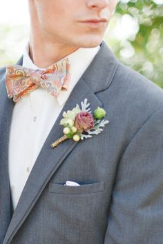 love the look #pinkwedding #bohowedding #weddingchicks http://www.weddingchicks.com/2013/12/26/pink-and-gold-wedding-ideas-2/