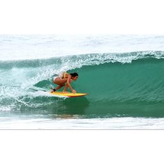 Justine Mauvin French Pro Longboarder and friend form Reunion island ! #Surf #Roxy #974 You rock gyaaal !