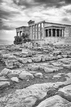 On the Acropolis, Athens, Greece ~ Law and Fashion -Criminal Intent- Places To Travel, Places To See, Greek History, Athens Greece, Ancient Greece, Travel Goals, Wonders Of The World, Adventure Travel, Beautiful Places