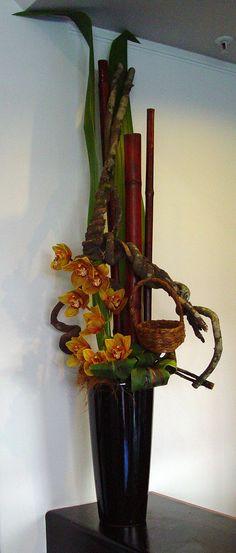 All sizes | corporate design | Flickr - Photo Sharing! Tropical Flower Arrangements, Creative Flower Arrangements, Tropical Flowers, Flower Show, Flower Art, Corporate Flowers, Simple Centerpieces, Cymbidium Orchids, Corporate Design