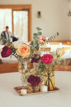 Simple Vintage Wedding Centerpiece / http://www.himisspuff.com/rustic-wedding-centerpiece-ideas/15/