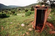 Tshamulavhu Village wooden outhouse in rural Northern Transvaal (Venda), South Africa. Natural Scenery, Toilets, South Africa, Buildings, African, Drop, Traditional, Nature, Plants