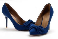 blue suede heels... there goes the ribbons! @ http://trendy-stilettoheels.blogspot.com