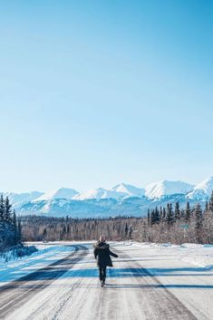 The Complete Yukon Travel Guide - To Vogue or Bust Pvt Canada, Visit Canada, Backpacking Canada, Canada Travel, Vancouver, Yukon Canada, Canada Holiday, Parc National, Teen Photography