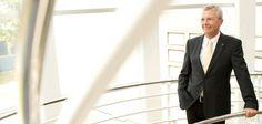 BVL-Vorstandsmitglied Michael ten Hompel ist neustes Mitglied in der Logistik Hall of Fame. Herzlichen Glückwunsch!
