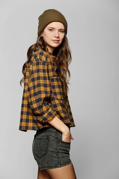 BDG Cropped Flannel Shirt #urbanoutfitters
