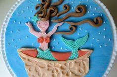 How to make a fondant puzzle plaque • CakeJournal.com