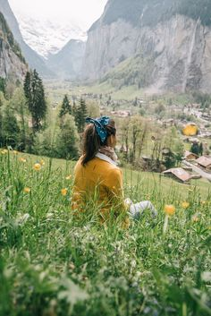 A Helpful Illustrative Guide to Lauterbrunnen, Switzerland Travel Photos, Travel Tips, Travel Bag, Travel Love Quotes, Christmas Travel, Travel Photography, Woman Photography, Cool Landscapes, Recipes