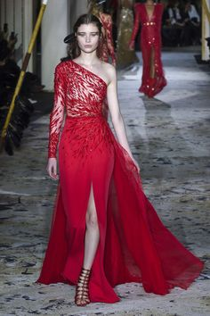 Zuhair Murad Spring 2018 Couture Fashion Show f49977bc03