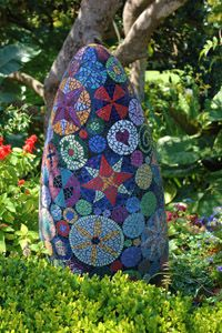 mosaic garden art Archives - Sustainable and Organic Gardener's Club.