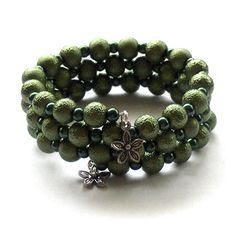 I love the textures in this bracelet