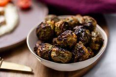 julens beste grønnsak - Caroline Berg Eriksen Sprouts, Bacon, Grains, Vegetables, Ethnic Recipes, Food, Happy, Christmas, Yule