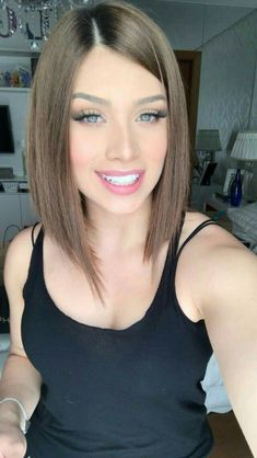 Belle coupe et coiffure femme tendance 2018 - Belle coupe et coiffure femme tendance 2018 - - http Medium Hair Cuts, Short Hair Cuts, Medium Hair Styles, Short Hair Styles, Bob Haircuts For Women, Long Bob Haircuts, Messy Bob Hairstyles, Straight Hairstyles, Natural Hairstyles