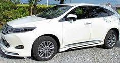 TOYOTA 新型ハリアーのエクステリア。モデリスタver1装着モデルです。サイドスカートの黒ラインがアクセントになってクール! http://bloooger.jp/harrier_exterior/ #ハリアー #自動車 #SUV