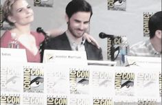 Jennifer Morrison hugging Colin O'Donoghue during ComicCon DYING love them. Captain Swan