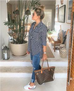 Summer casual and trendy outfits- Sommer lässige und trendige Outfits Summer casual and trendy outfits, - Trendy Summer Outfits, Chill Outfits, Spring Outfits, Casual Outfits, Cute Outfits, Fashion Outfits, Womens Fashion, Vacation Outfits, Ootd Summer Casual