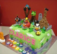 Angy Bird Cake