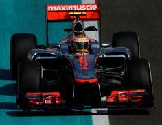 GP Abu Dabi 2012: Lewis Hamilton  Pole Dubai Things To Do, Lewis Hamilton, F 1, Racing, Vehicles, Sports, Running, Hs Sports, Auto Racing