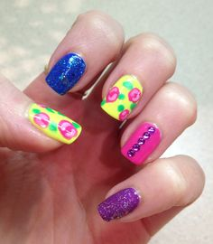 Nail art : saw this Betsey Johnson inspired mani on Pinterest and loved it so I recreated it!