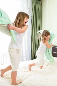 The Actual Reason Children Are 800% Worse When Their Mothers Are in the Room
