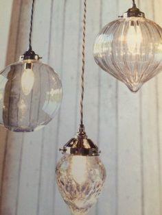 Various Kitchen Lighting Ideas Lounge Lighting, Overhead Lighting, Dining Room Lighting, Home Lighting, Lighting Ideas, Best Kitchen Lighting, Kitchen Lighting Fixtures, Pendant Light Fixtures, Pendant Lighting