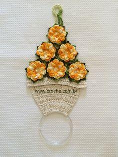 Porta pano de prato vaso de flores   Croche.com.br