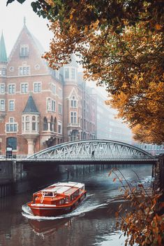 Speicherstadt in Hamburg, Germany Foggy Morning, Christianity, Travel Destinations, Germany, Explore, Architecture, World, City, Autumn Leaves