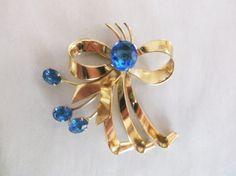 Vintage Mid Century Blue Rhinestone Gold Tone by MemawsTopDrawer
