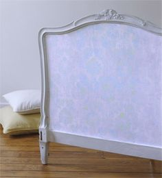 stencil a headboard.  courtesy of DIYideas.  Love