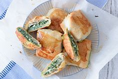 Qooking.ch   Spanakopita Spanakopita, Saveur, Fresh Rolls, Lunch, Ethnic Recipes, Food, Eat, Lunches, Meals