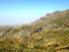 Ilha de SANTIAGO, cábu berdi é sábi   Cabo Verde Cabo, Cape Verde, Country Roads, Mountains, World, Nature, Travel, Island, Santiago