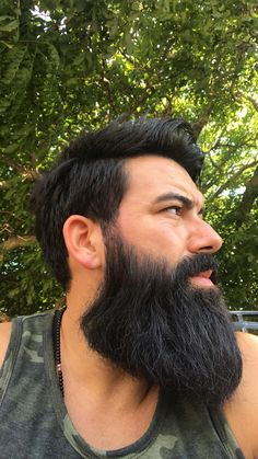 A picture from July, summer vacation in Europe(albania). Long Beard Styles, Hair And Beard Styles, Great Beards, Awesome Beards, Thick Beard, Big Beard, Growing A Full Beard, Beard Pictures, Beard Cuts