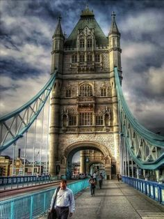 I love this photo of Tower Bridge! The bridge is beautiful to see at night with lights running the entire length of the supporting lines. It was a sight to see.