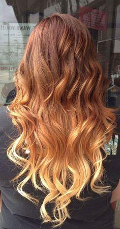 Омбре отлично подходит для рыжих волос. Чтобы избежать резкого перехода, нужно осветлить концы не более чем на 4 тона от основания