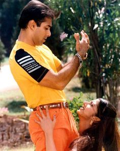 #SalmanKhan #Rambha #BollywoodFlashback #90s #postcard #muvyz062218 @BeingSalmanKhan #muvyz #instagood #instadaily #instapic