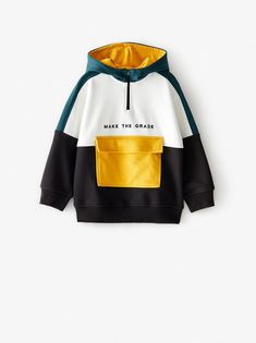 Hoodie featuring long sleeves, zip fastening on the chest, front pouch pocket with snap-button flap and embroidered motifs on the front. Jogging, Boy Fashion, Fashion Outfits, Trendy Hoodies, Zara Home Stores, Sport Wear, Cute Tops, Color Blocking, Colour Block