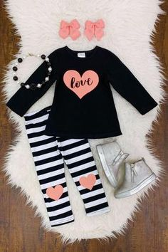 Check out our stylish newborn baby jeans, inclusive of lovely vests and woolens available. Baby Girl Pants, Cute Baby Girl, Baby Girl Dresses, Baby Dress, Baby Jeans, Toddler Girl Style, Toddler Girl Outfits, Toddler Girls, Little Girl Outfits
