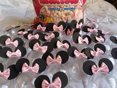 Faça você mesmo / DIY: Lembrancinha Minnie Rosa ⋆ GRAVIDICAS Toddler Valentine Crafts, Toddler Crafts, Mini Cones, Face Photo, Mickey Minnie Mouse, Baby Shower, Birthday, Cake, Easter Decor