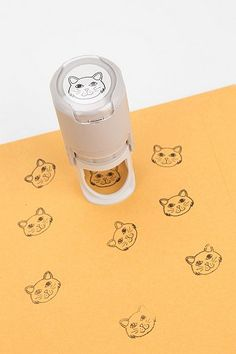 Cat stamp you need in your cat office to send cat mail Crazy Cat Lady, Crazy Cats, I Love Cats, Cool Cats, Miaou Miaou, Cat Supplies, Office Supplies, Cat Cafe, Cat Decor