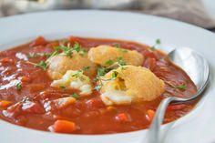 Tomatensuppe mit paniertem Mozzarella