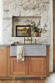 Magnolia Kitchen, Magnolia Table, Prep Kitchen, Kitchen Decor, Kitchen Ideas, Basement Kitchen, Kitchen Design, Layout, Beautiful Interior Design