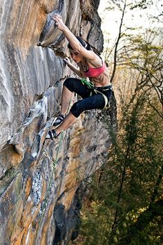 Bouldering - 15b32fc47cf3ea6ec5b44bf3b75e4e32 - 2016-12-11-00-57-56